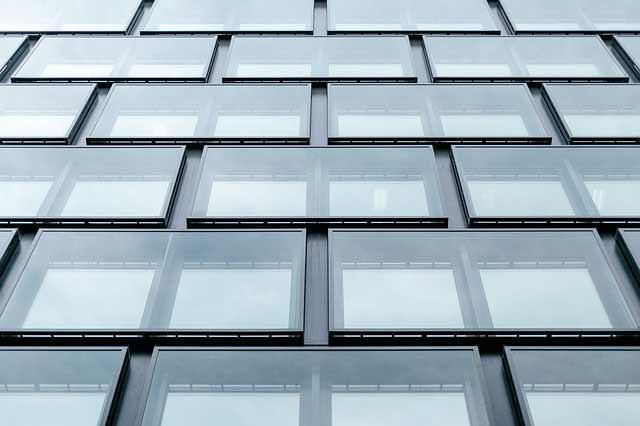 laminas-anti-vándálicas-edificios-solarcheck-vitoria-alava