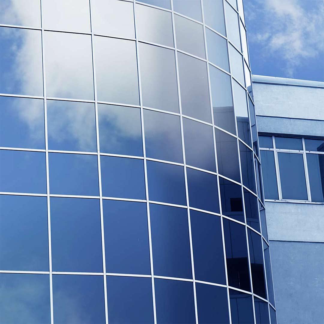 proteccion solar de los edificios mediante láminas solares solarcheck vitoria